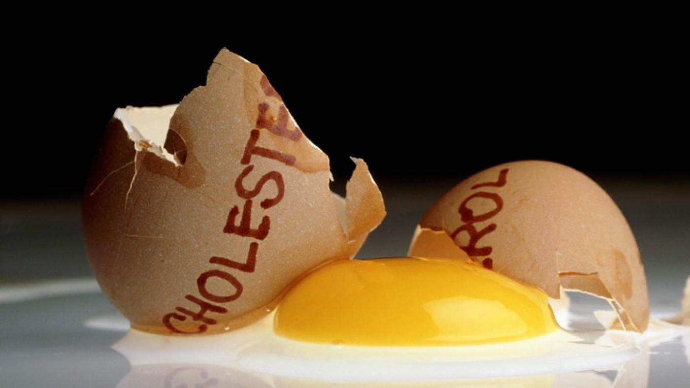 Яйца увеличивают уровень холестерина